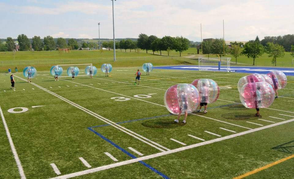 Le bubble football : du sport contact en toute sécurité!