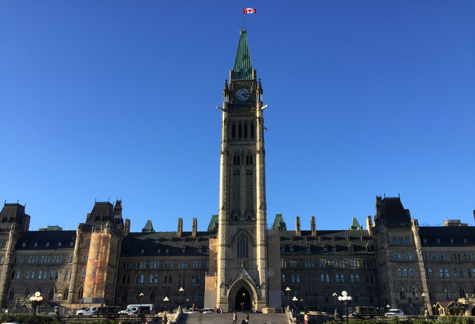 Ottawa annonce 3,3 milliards $ pour les infrastructures